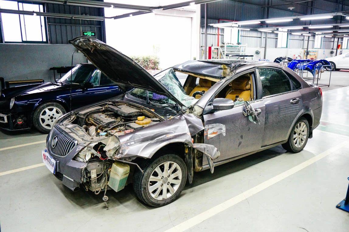 车子被撞,修好后贬值了,能找对方赔吗?