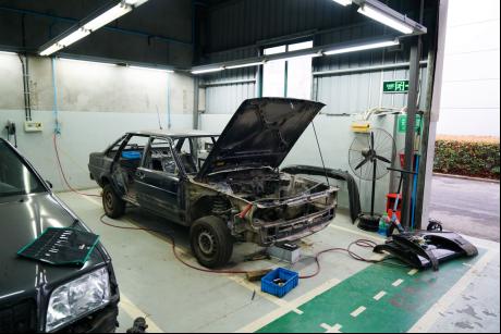 黑心车商的噩梦,打造一台骨灰级事故车