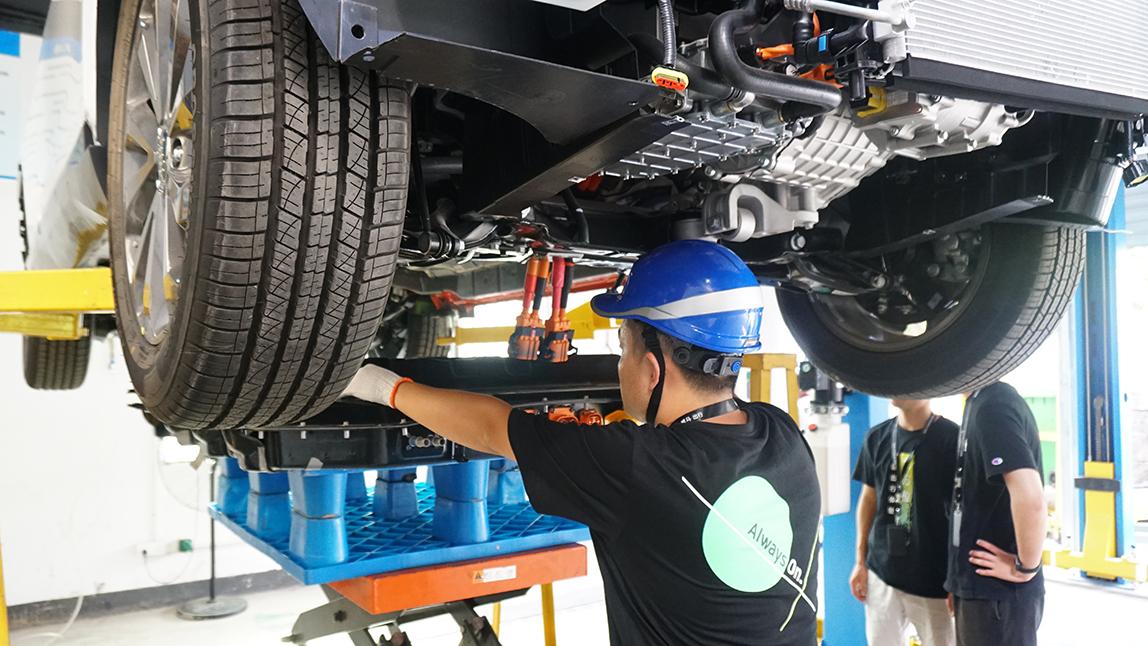 甩开传统汽车的束缚,电动车会怎么造?