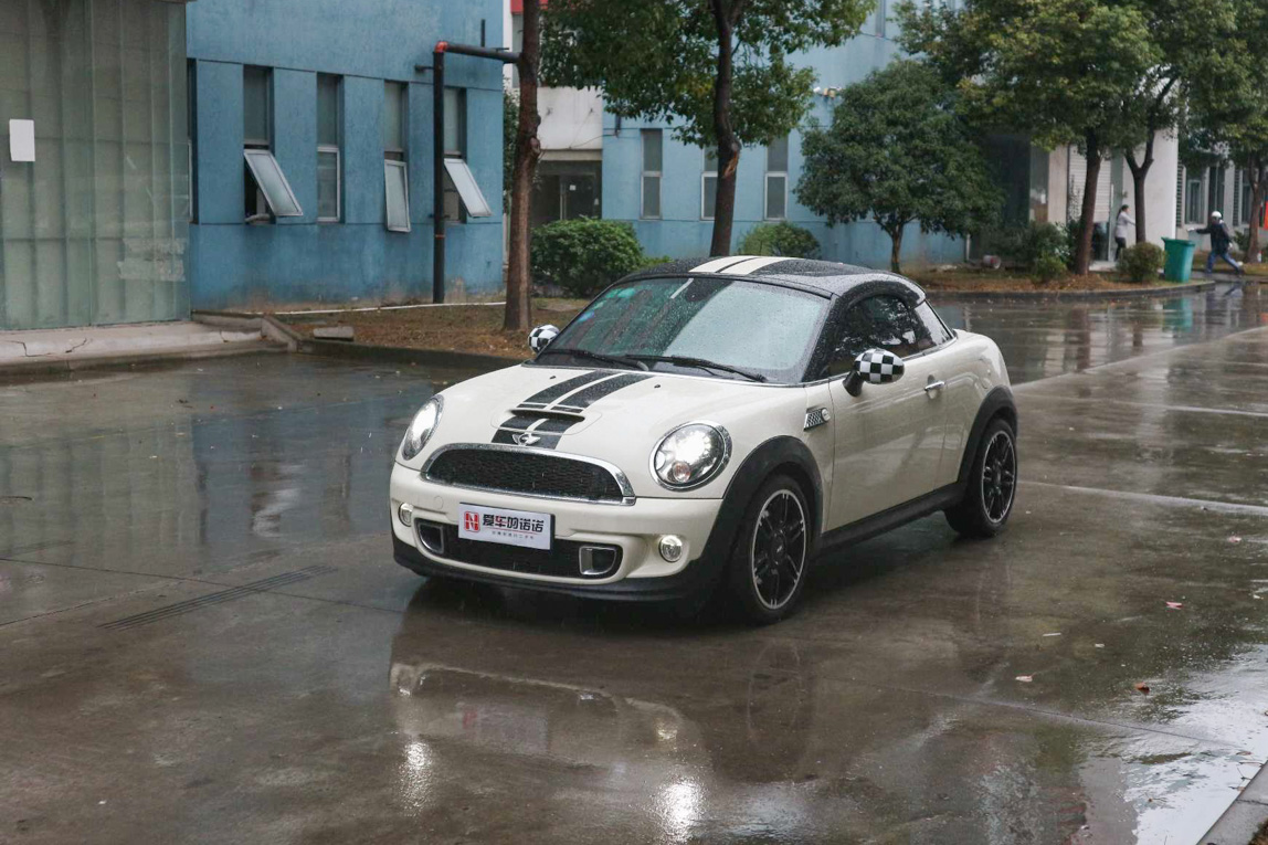 MINI MINI COUPE